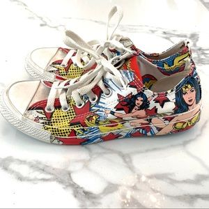 Rare Limited Edition Wonder Woman Converse